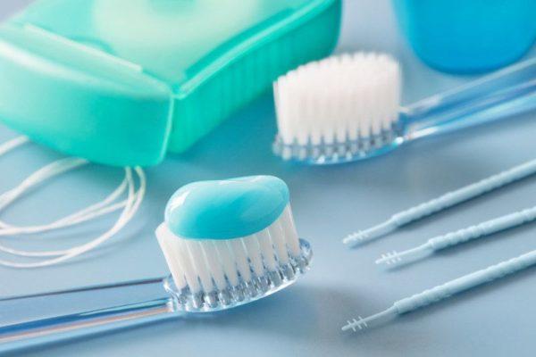 Specjalistyczne szczoteczki do zębów
